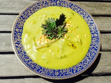 zucchini kale soup